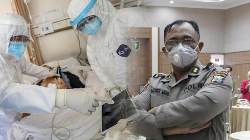 Spesialis Penyakit Dalam Rumah Sakit Bhayangkara Kota Kediri, dr. Badrul Munir Sp Lintasjatim.com