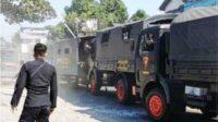 Iring-iringan Mobil Personil Brimob Tabrakan Beruntun Lintasjatim.com