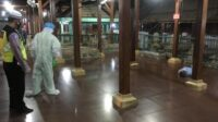 Peziarah Asal Jombang Meninggal Mendadak di Makam Sunan Giri