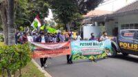 Aliansi rakyat Banyuwangi Gelar Demonstrasi di Pertigaan DPRD Kabupaten Banyuwangi
