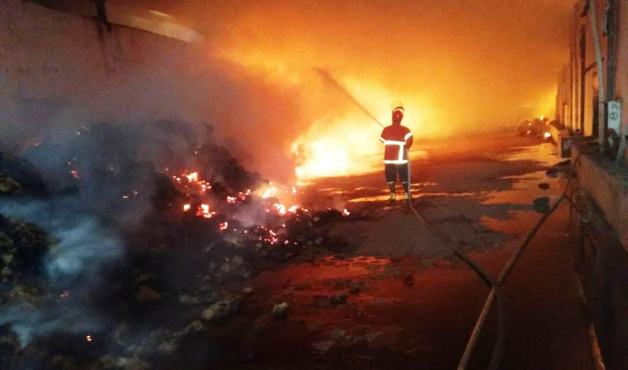 Kebakaran Gudang Sabut Kelapa Rogojampi Banyuwangi