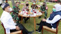 Khofifah Indar Parawansa, Gubernur Jatim Saat Mengunjungi Ponpes Darussalam Blokagung Banyuwangi