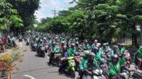 Ribuan Ojek Online se-Jawa Timur Demo di Surabaya Lintasjatim.com