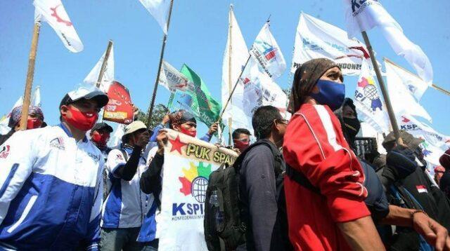 Ilustrasi Demo Aksi Buruh Menolak Omnibus Law
