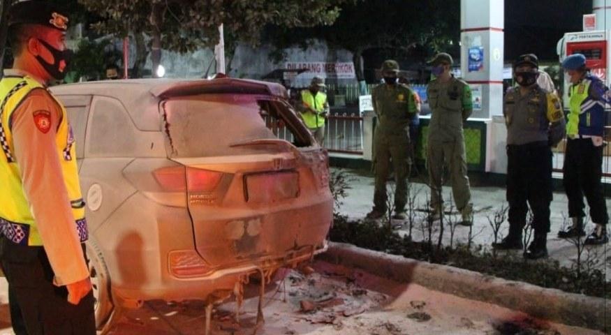 Mobil Terbakar di SPBU
