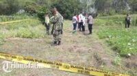 Petugas Melakukan Olah TKP Satu Keluarga Tersengat Jebakan Tikus