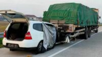 Mobil DPRD Malang Fraksi PDIP Menabrak Truk Fuso di Tol Ngawi-Solo