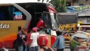 Bus Dali Mas Dihentikan dan Dihajar Masa