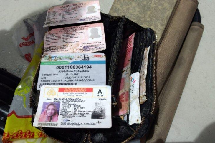 Dompet Warga Kediri yang Ditemukan Tim Penyelam