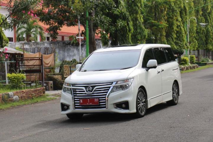 Mobil Dinas Wali Kota Probolinggo