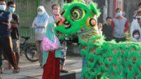 Barongsai di Kabupaten Lamongan Bagi-bagi Masker