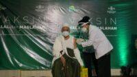 Vaksinasi 98 Kiai dan Tokoh di Jawa Timur [Lintas Jatim]