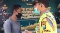 Polisi Tawar Menawar dengan Pelanggar Lalu Lintas