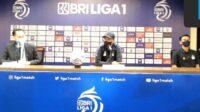 Tangkapan Layar Suasana Konferensi Pers Pelatih Persik Kediri Joko Susilo