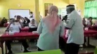 Pria Mirip Kadindik Bondowoso Nyanyi Dangdut