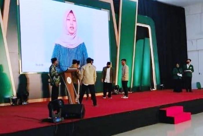 Video Komplikasi Mahasiswa UIN SATU Tulungagung